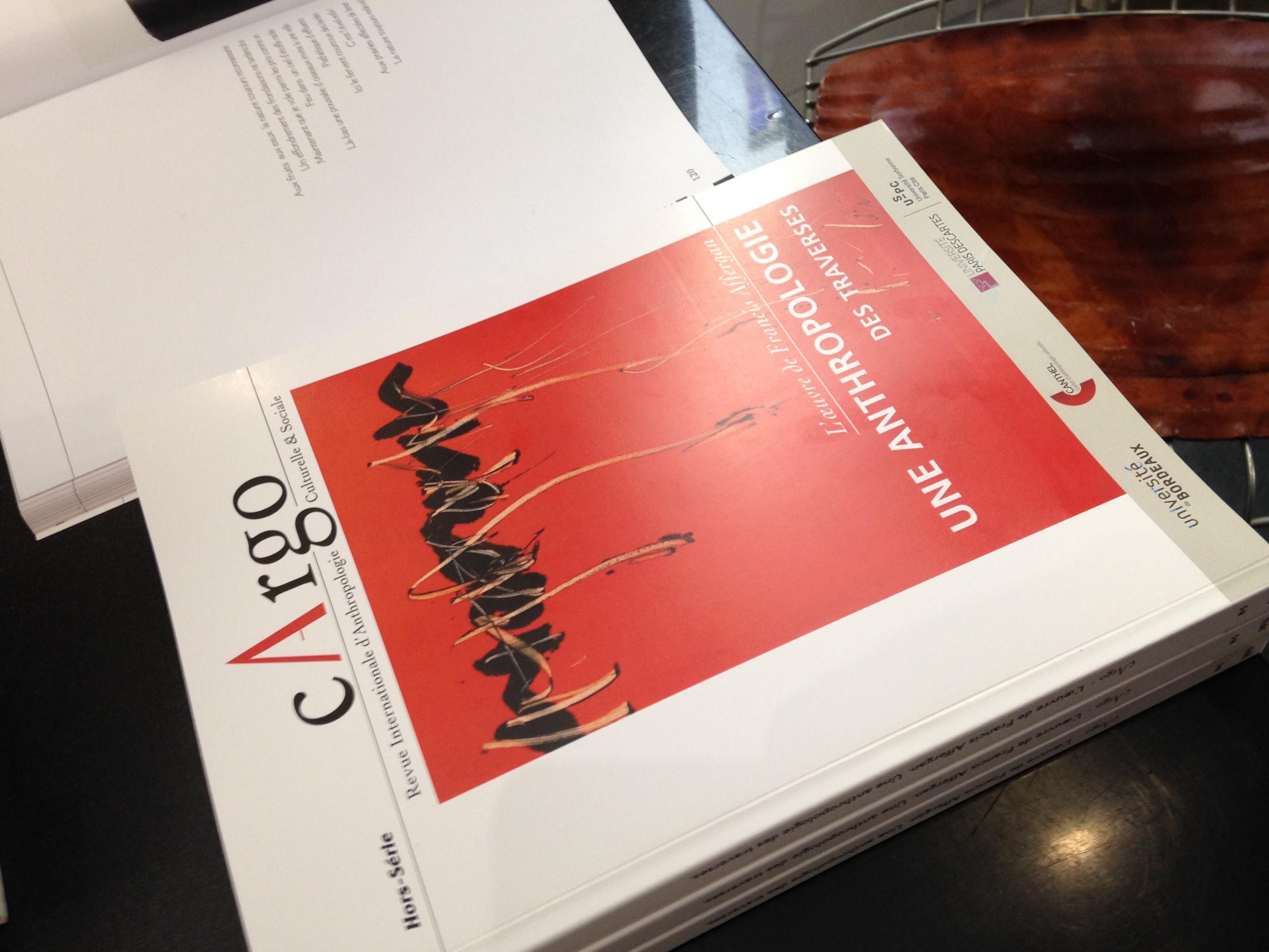 Signature du cArgo hors-série par Francis Affergan